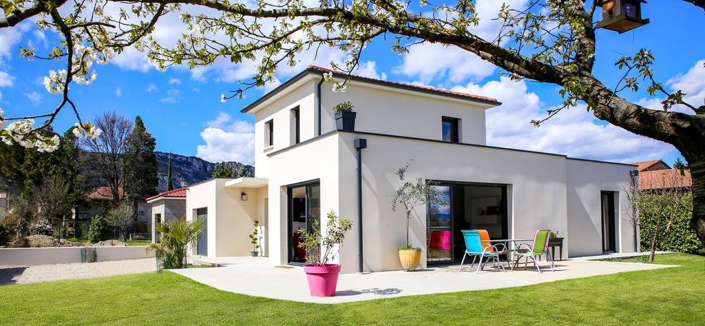 Construction maison Saint-Bardoux 26260